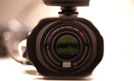Canon_xa10_1