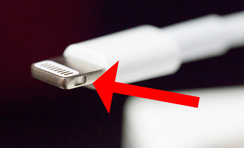 Lightning_cable_03